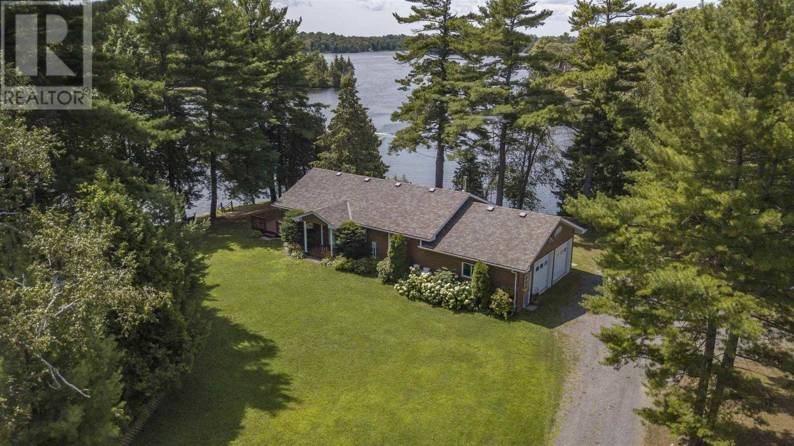 House for sale at 890 Deans Ln Seeley's Bay Ontario - MLS: K19005274