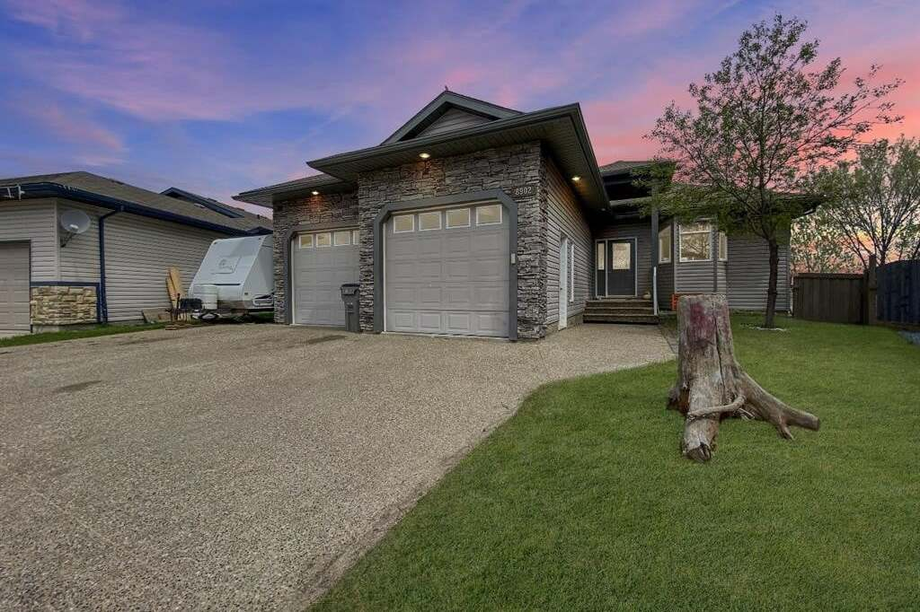 House for sale at 8902 131 Ave Grande Prairie Alberta - MLS: A1001435