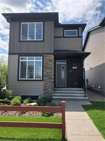 House for sale at 891 Walgrove Blvd Southeast Calgary Alberta - MLS: C4255653