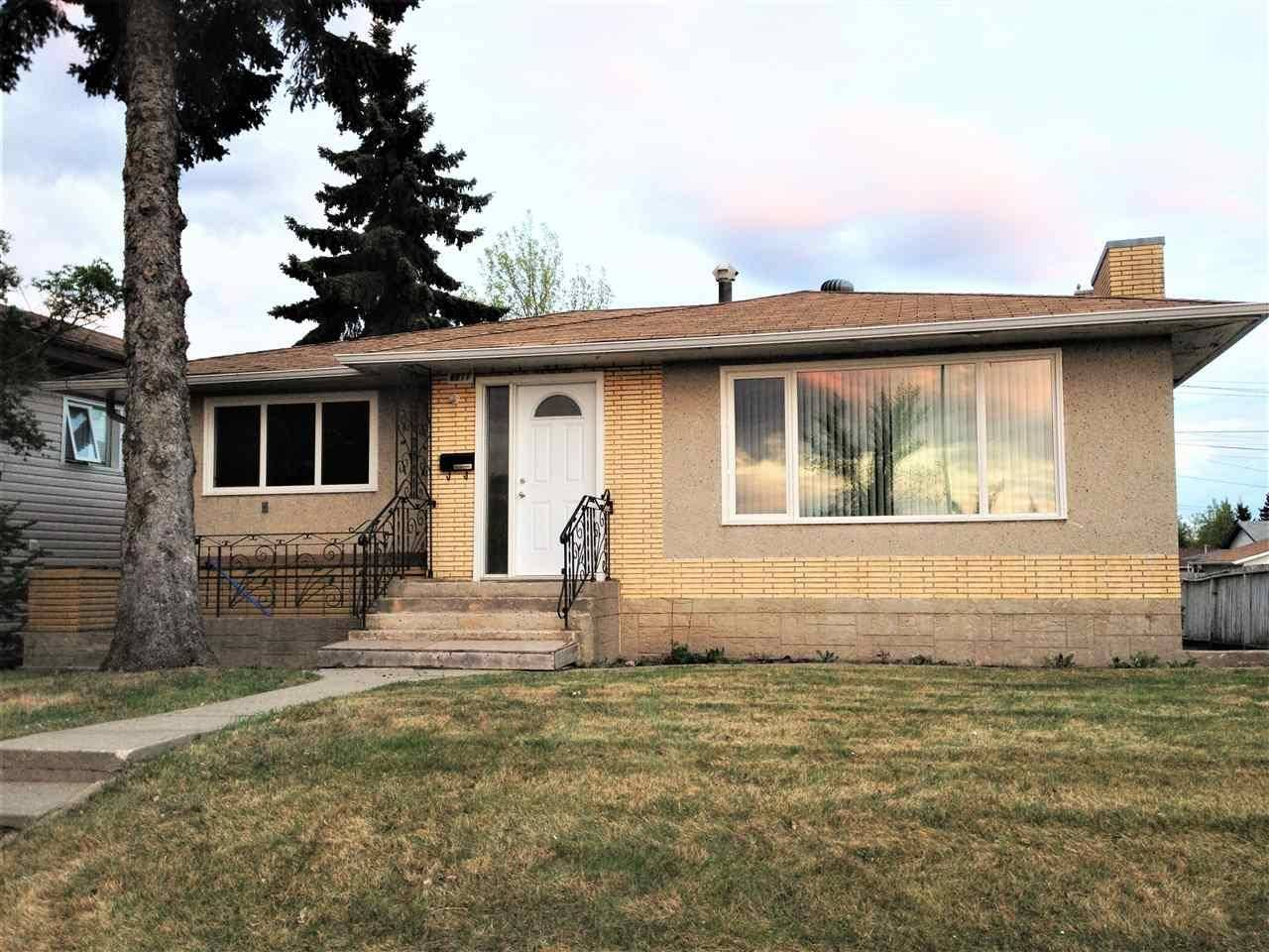 House for sale at 8911 132 Ave Nw Edmonton Alberta - MLS: E4180726