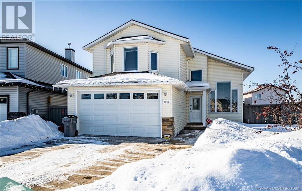 House for sale at 8913 130a Avenue Court Grande Prairie Alberta - MLS: GP215001
