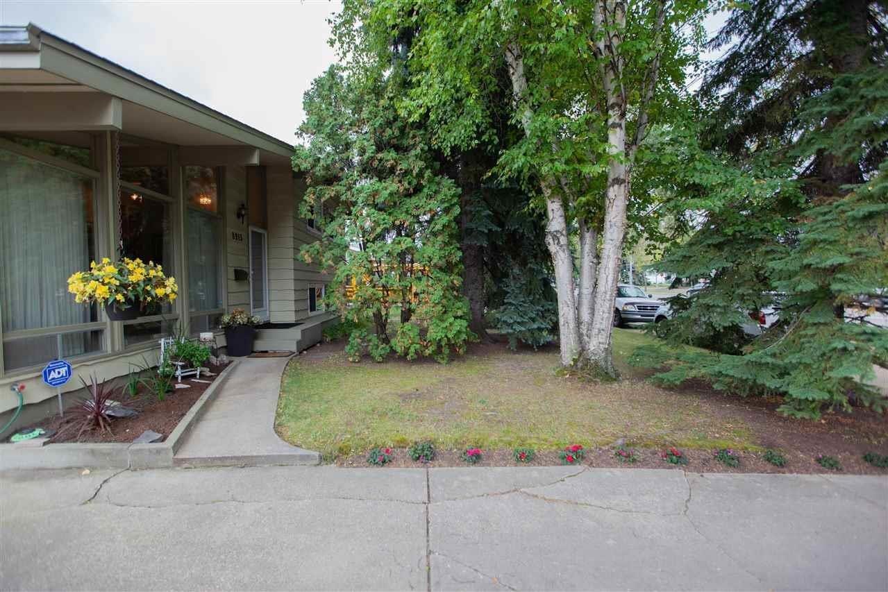 8915 142 Street NW, Edmonton | Image 2