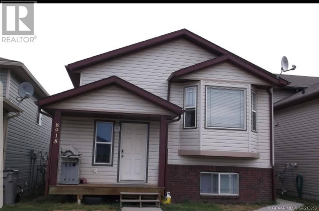 Townhouse for sale at 8918 71 Ave Grande Prairie Alberta - MLS: GP213958