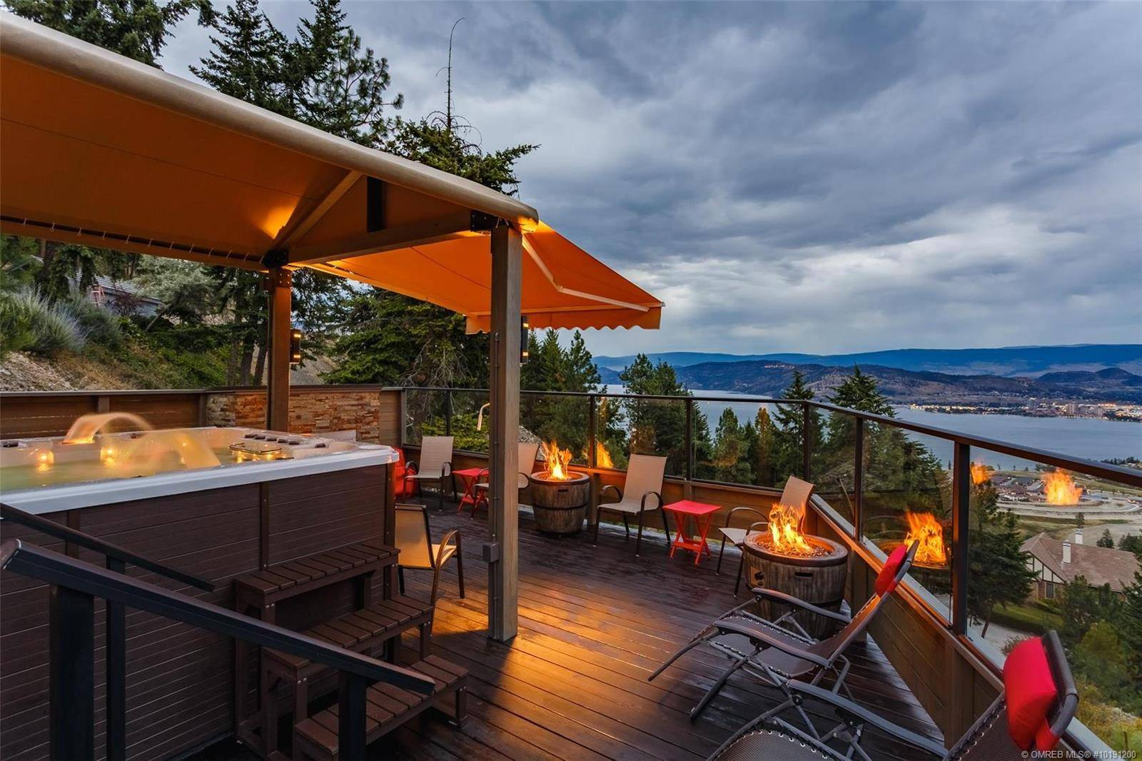House for sale at 892 Lloyd Jones Dr West Kelowna British Columbia - MLS: 10191200