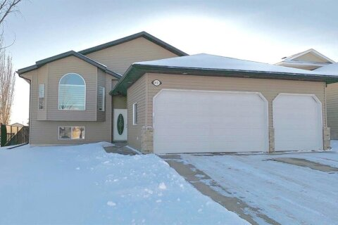 House for sale at 8921 114 Ave Grande Prairie Alberta - MLS: A1050856