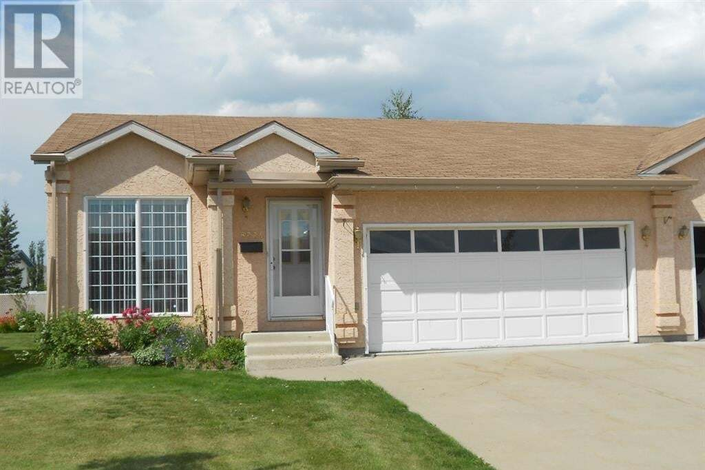 Townhouse for sale at 8924 105 Ave Grande Prairie Alberta - MLS: A1000813