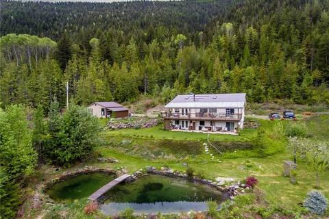 House for sale at 8957 Jacobs Subdivision Rd Kaslo British Columbia - MLS: 2438293