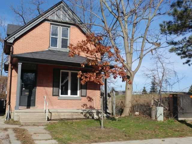 For Sale: 896 Elias Street, London, ON | 3 Bed, 2 Bath Townhouse for $275,000. See 14 photos!