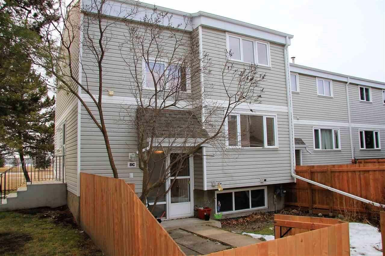 Townhouse for sale at 8 Castle Tc NW Edmonton Alberta - MLS: E4180745