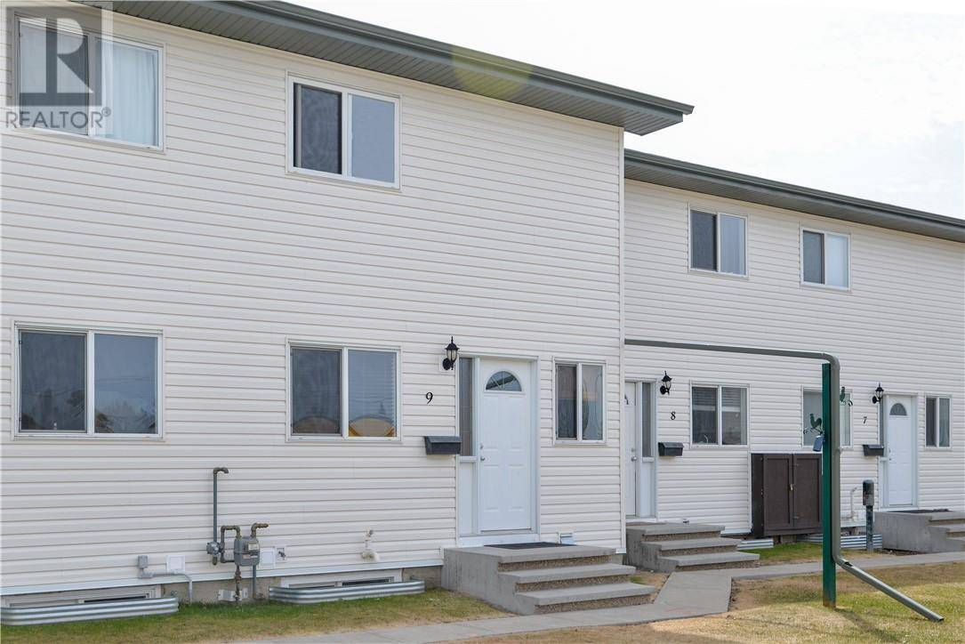 Townhouse for sale at 1 Fir St Unit 9 Red Deer Alberta - MLS: ca0188869