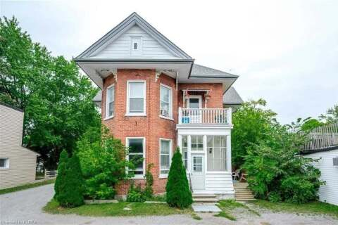 Residential property for sale at 9 King St Kawartha Lakes Ontario - MLS: X4905448