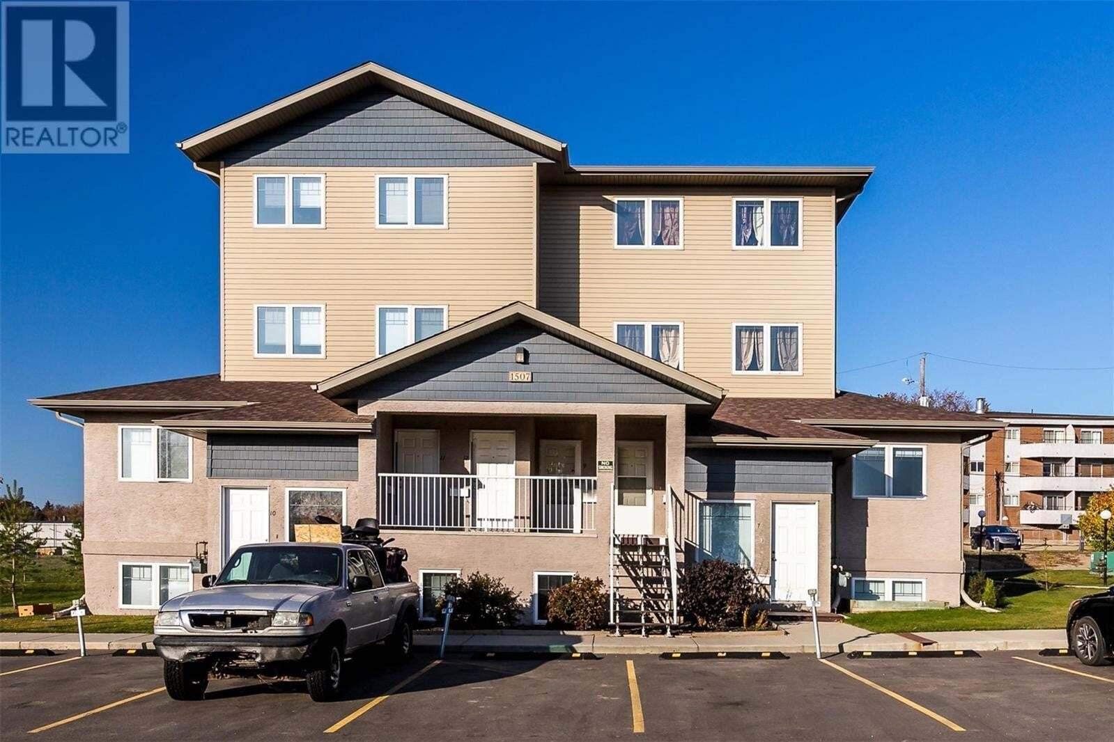 Townhouse for sale at 1507 19th St W Unit 9 Saskatoon Saskatchewan - MLS: SK826833