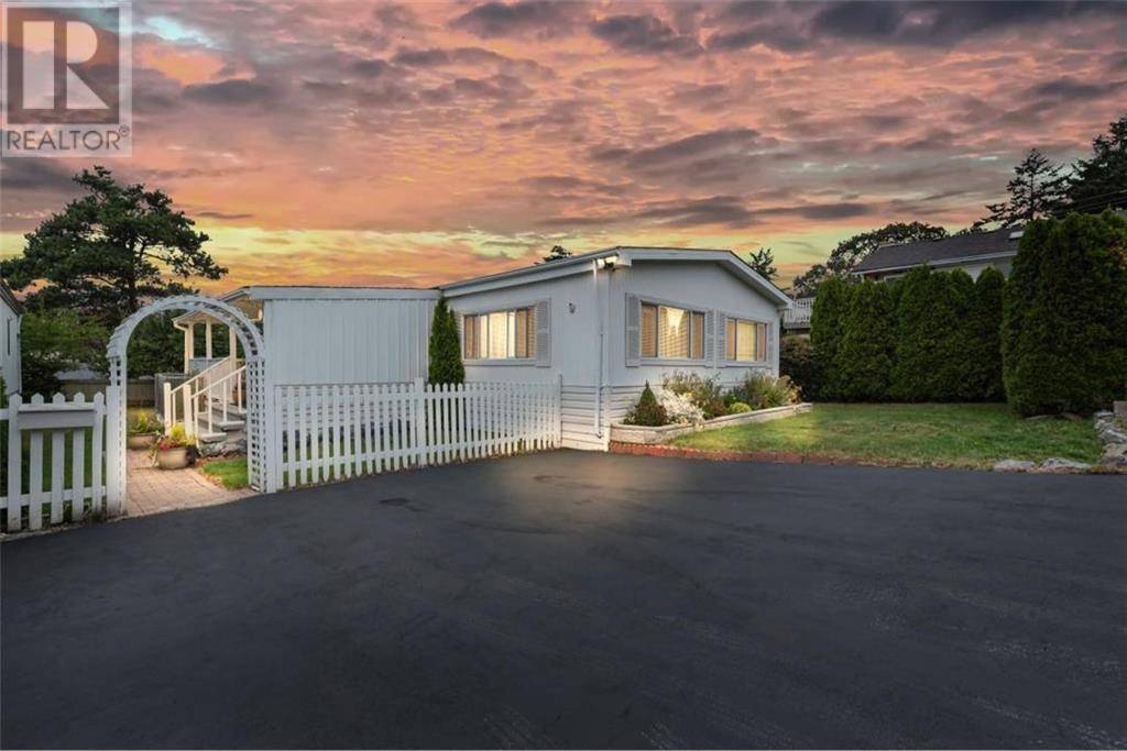 9 - 1536 Middle Road, Victoria   Image 1