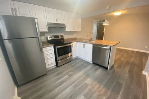 Townhouse for rent at 1651 Lakeshore Rd Unit #9 Mississauga Ontario - MLS: W4963212