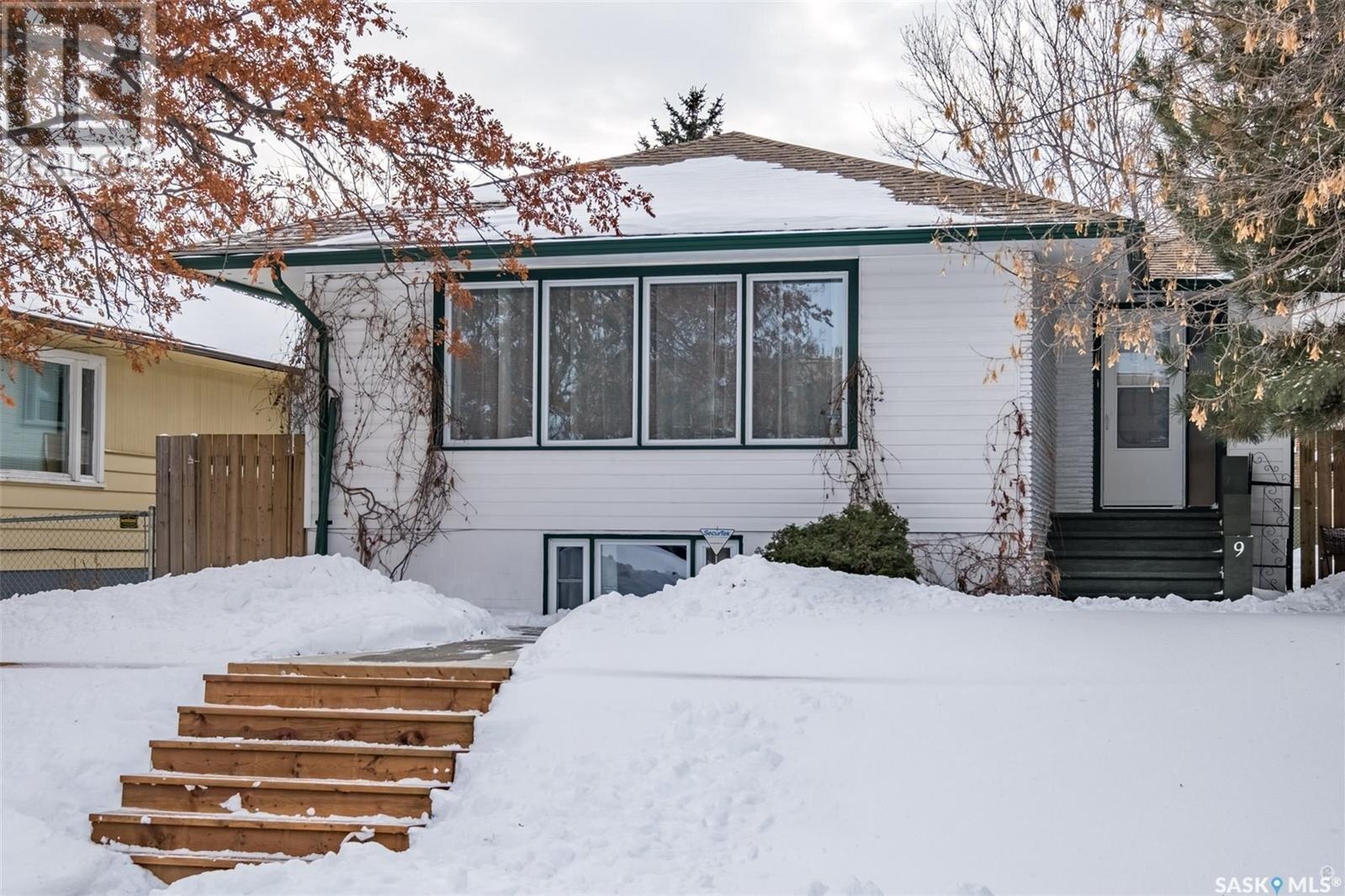House for sale at 9 21st St E Prince Albert Saskatchewan - MLS: SK833366