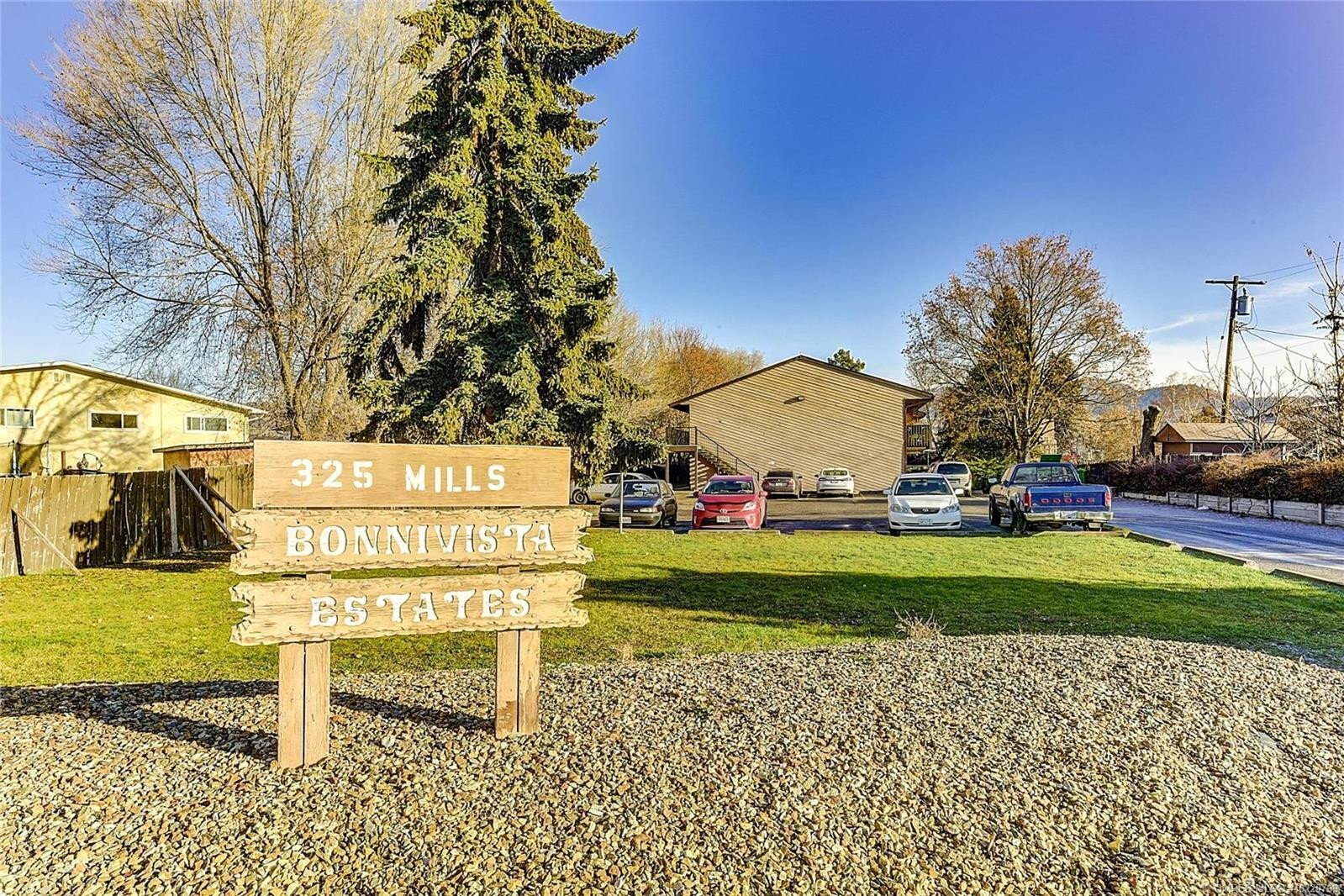 Townhouse for sale at 325 Mills Rd Unit 9 Kelowna British Columbia - MLS: 10220799