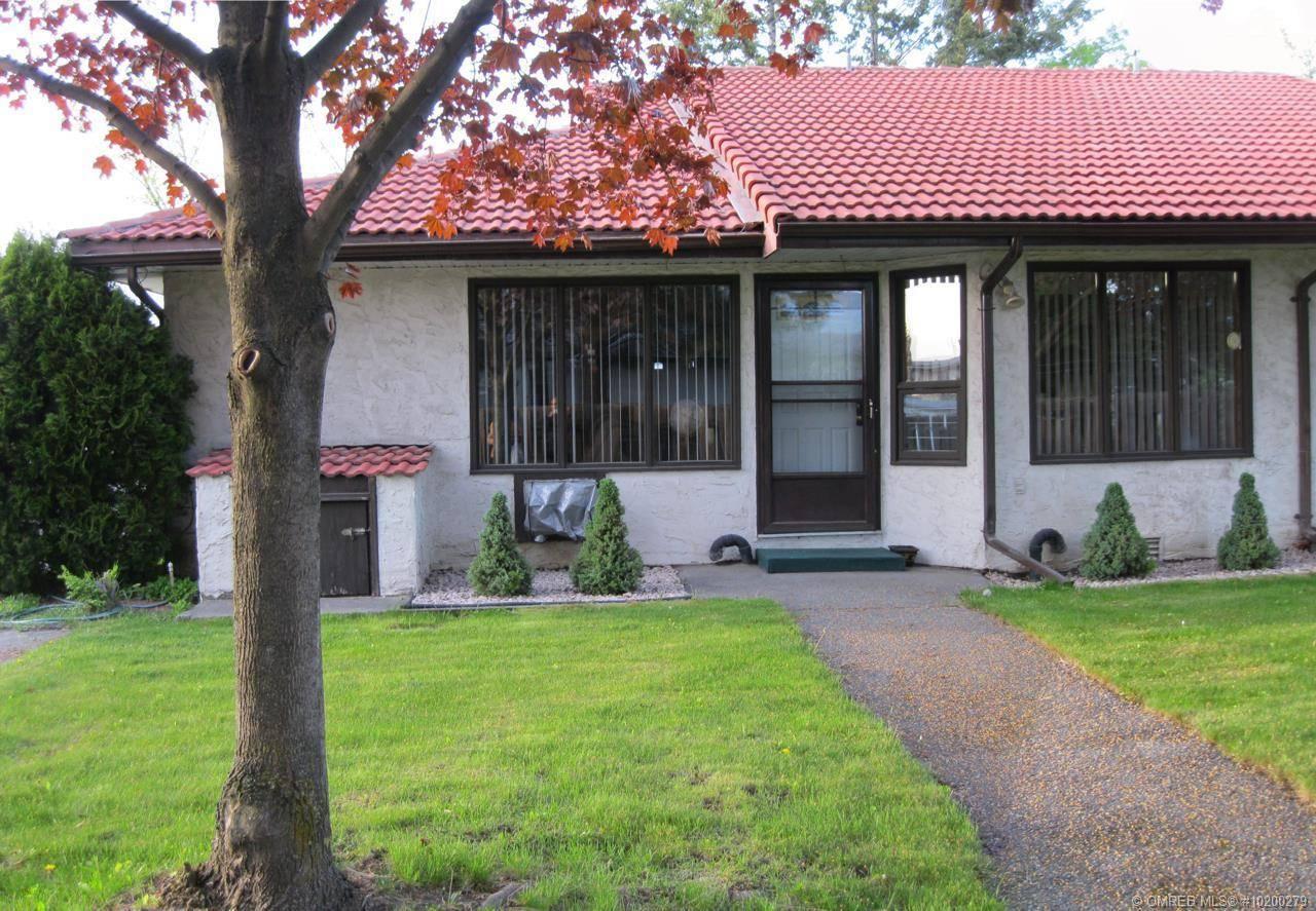 Townhouse for sale at 363 Gerstmar Rd Unit 9 Kelowna British Columbia - MLS: 10200279