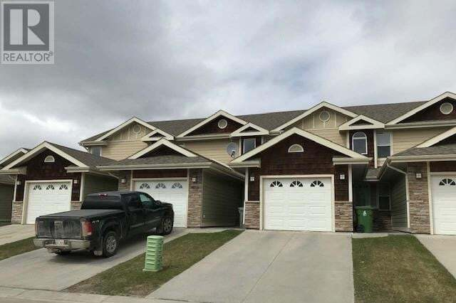 Townhouse for sale at 4018 18 Ave Unit 9 Edson Alberta - MLS: 52459