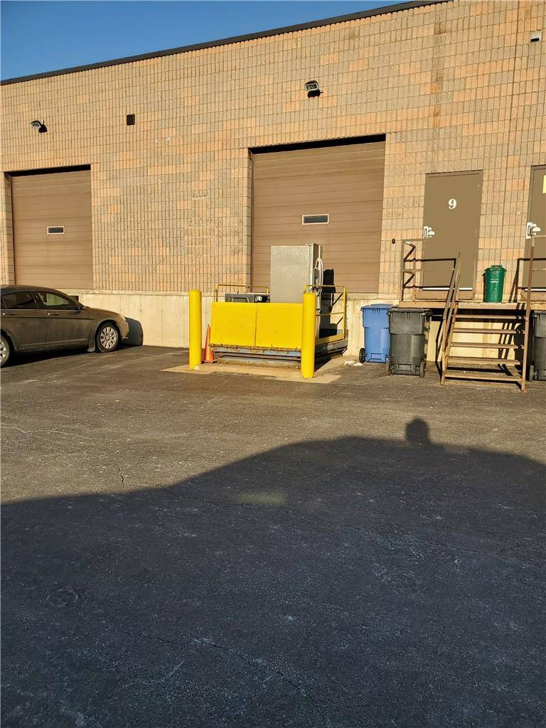 Residential property for sale at 4180 Morris Dr Unit 9 Burlington Ontario - MLS: H4075785