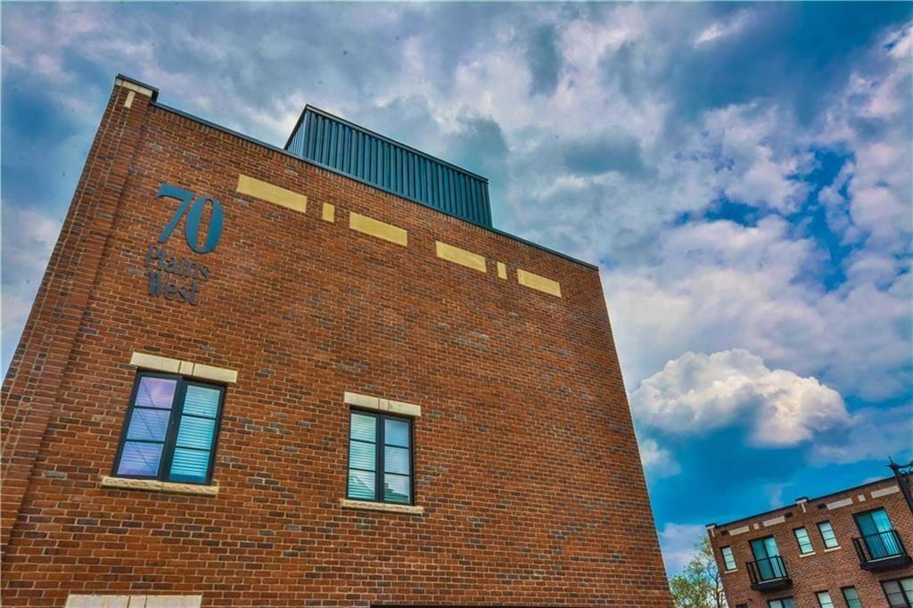 Home for sale at 70 Plains Rd W Unit 9 Burlington Ontario - MLS: H4073592