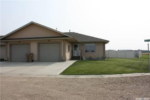 Townhouse for sale at 702 Mesa Wy Unit 9 Shellbrook Saskatchewan - MLS: SK785145