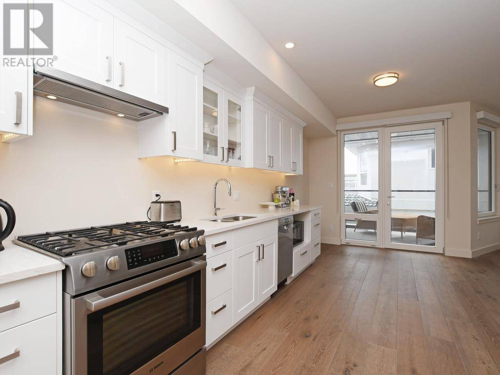 Condo for sale at 9667 First St Unit 9 Sidney British Columbia - MLS: 413695