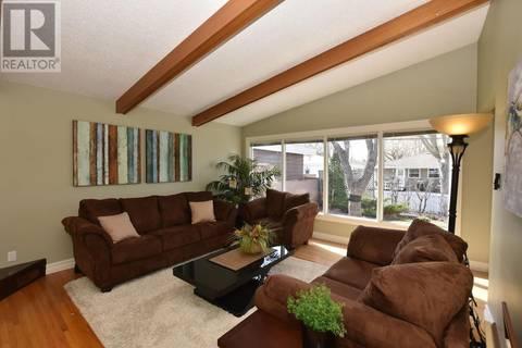 House for sale at 9 Academy Park Rd Regina Saskatchewan - MLS: SK776891