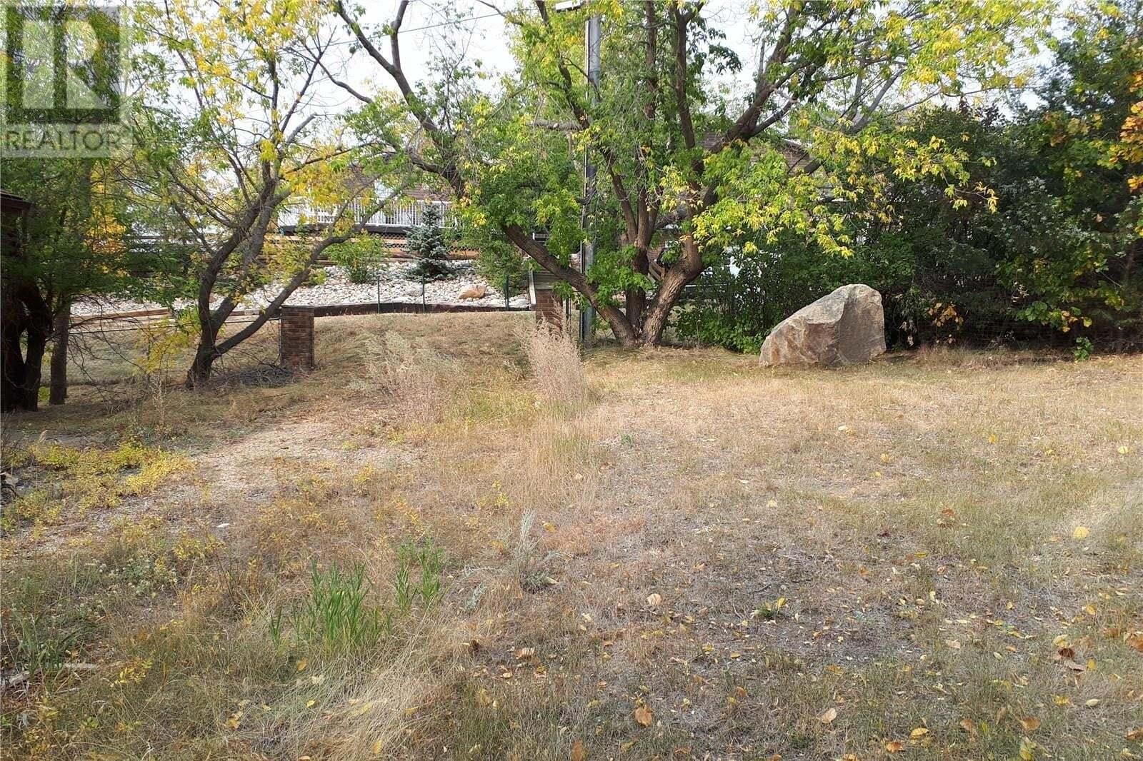 Home for sale at 9 Alice Cres Buffalo Pound Lake Saskatchewan - MLS: SK827622