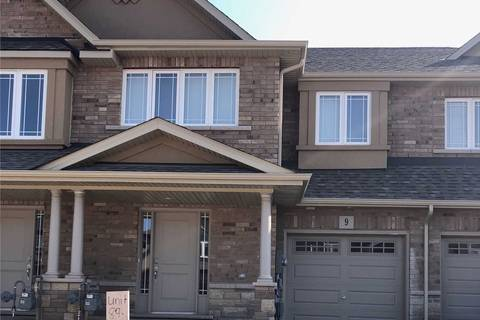 Townhouse for rent at 9 Bethune Ave Hamilton Ontario - MLS: X4536460