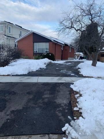 House for rent at 9 Camarel Cres Toronto Ontario - MLS: E4675247
