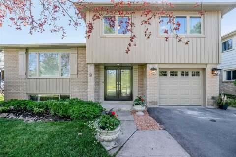 House for sale at 9 Cedar Cres Aurora Ontario - MLS: N4770090