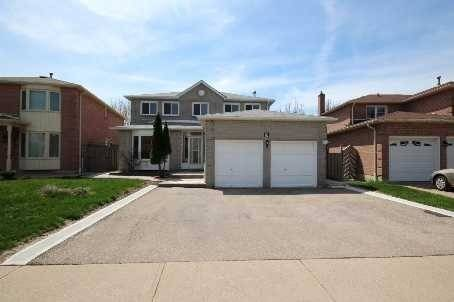 House for rent at 9 Cherrytree Dr Brampton Ontario - MLS: W4494180