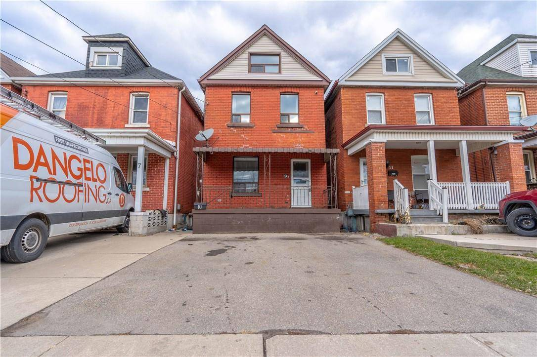 House for sale at 9 Cluny Ave Hamilton Ontario - MLS: H4070106