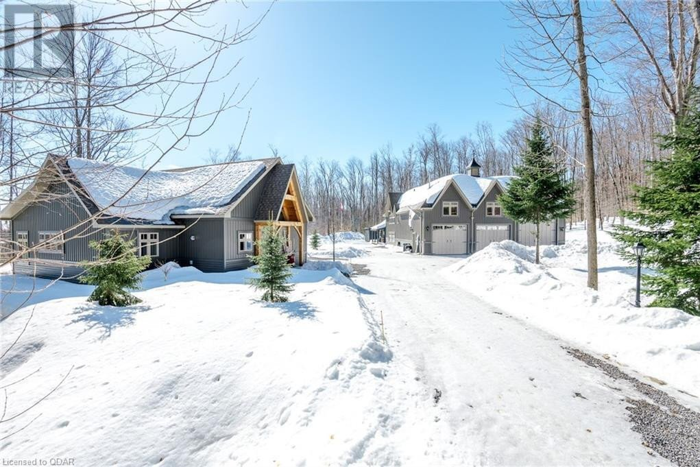 House for sale at 9 Curtiss Rd Barry's Bay Ontario - MLS: 40010868