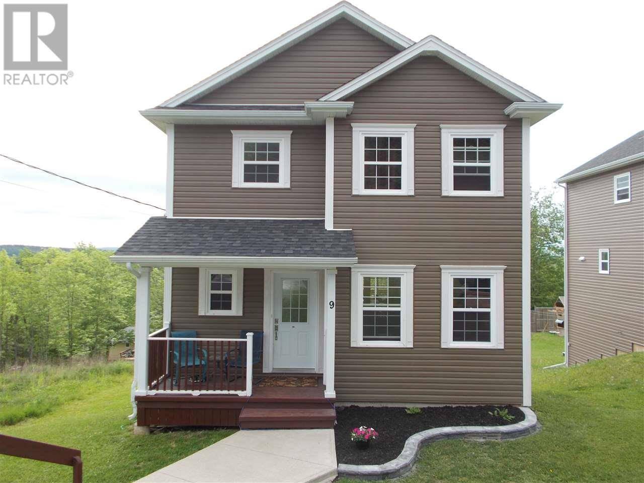 House for sale at 9 Daisy Dr Beaver Bank Nova Scotia - MLS: 201913265