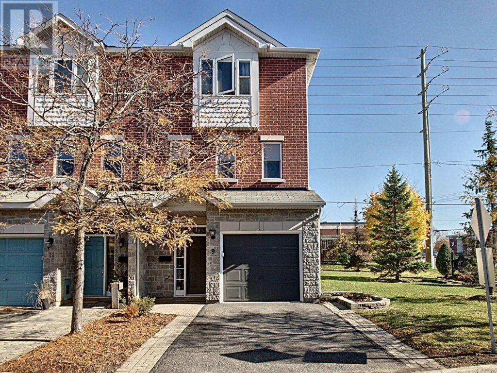 Townhouse for sale at 9 Glenhaven Pt Ottawa Ontario - MLS: 1173932