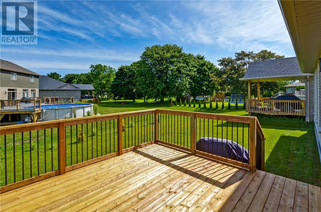 For Sale: 9 Glenwood Street, St Thomas, ON | 4 Bed, 3 Bath Home for $489,900. See 24 photos!