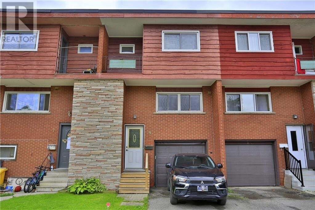 Townhouse for sale at 9 Greenbrook Dr Kitchener Ontario - MLS: 30826788