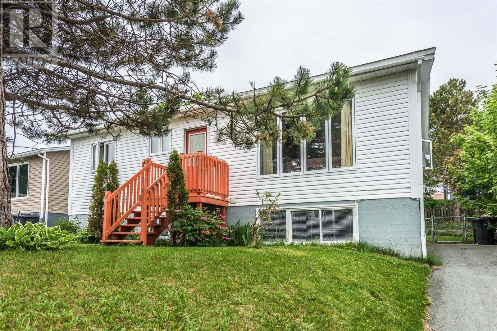 House for sale at 9 Harnum Cres Mount Pearl Newfoundland - MLS: 1218020