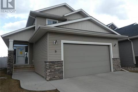 House for sale at 9 Healey St Penhold Alberta - MLS: ca0161661