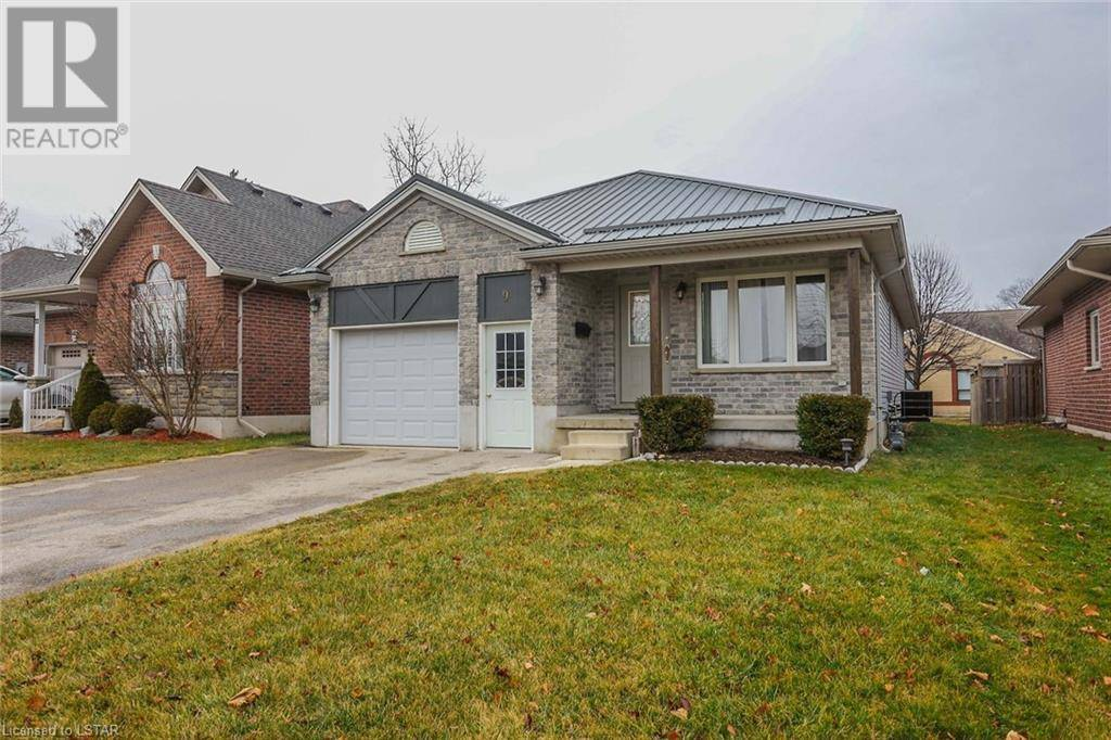 House for sale at 9 Holland Ave Aylmer Ontario - MLS: 238361