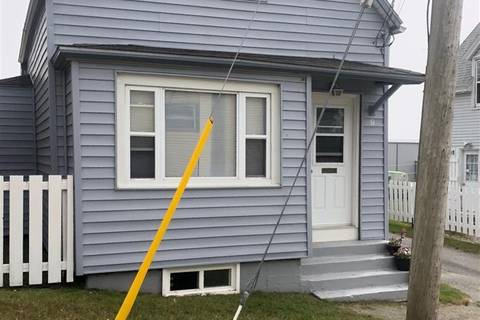 House for sale at 9 Horton St Yarmouth Nova Scotia - MLS: 201819585