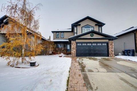 House for sale at 9 Laurel St Sylvan Lake Alberta - MLS: A1046389