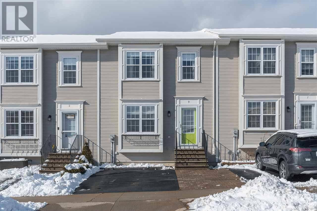 Townhouse for sale at 9 Masthead Ct Halifax Nova Scotia - MLS: 202002543