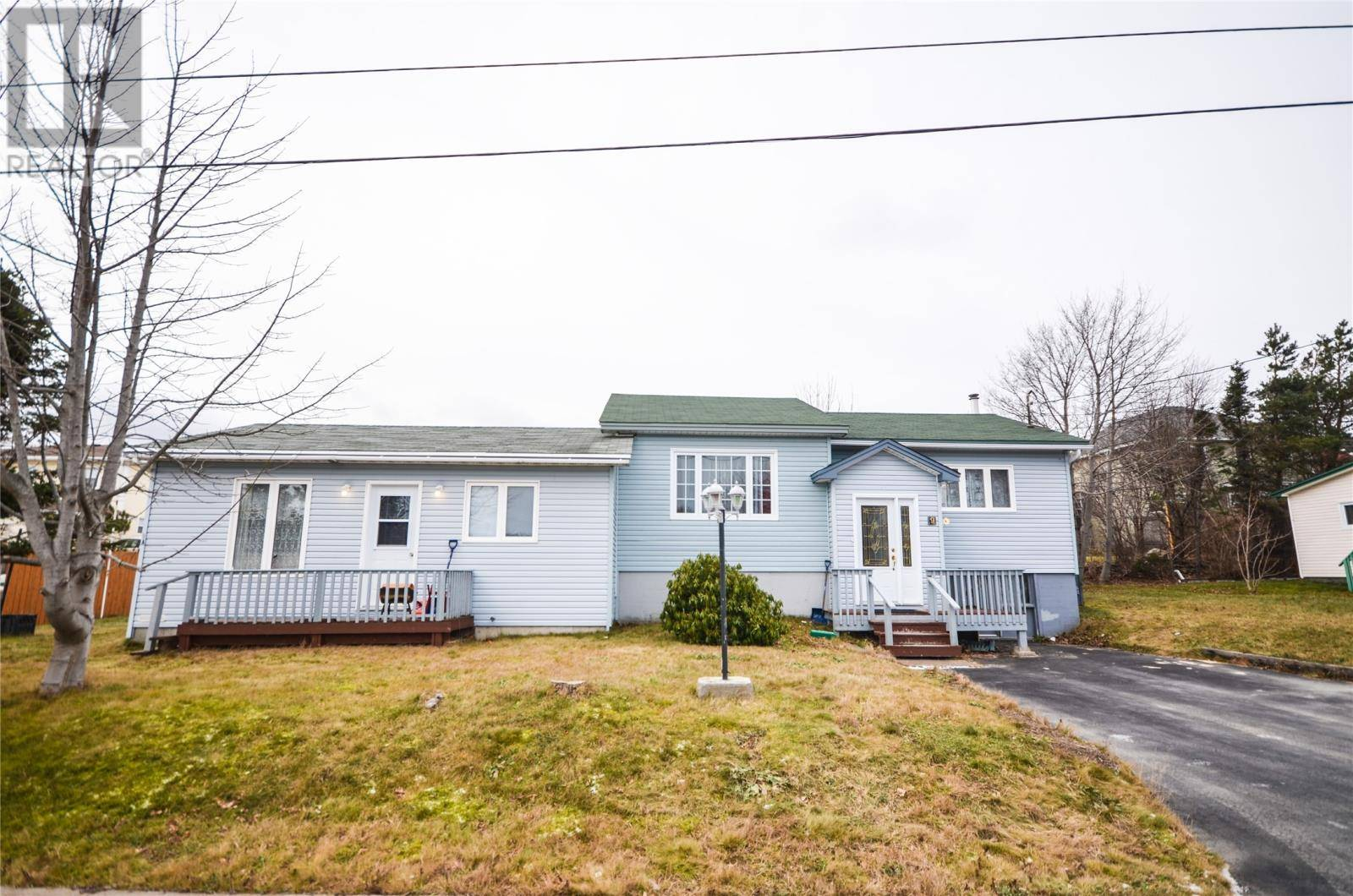House for sale at 9 Matthews Pl Conception Bay South Newfoundland - MLS: 1209106