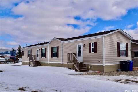 Home for sale at 9 Miller St Redvers Saskatchewan - MLS: SK802991