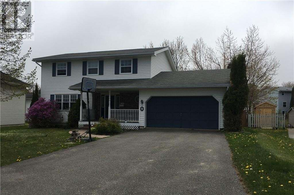 House for sale at 9 Mountfield Cres Saint John New Brunswick - MLS: NB044058