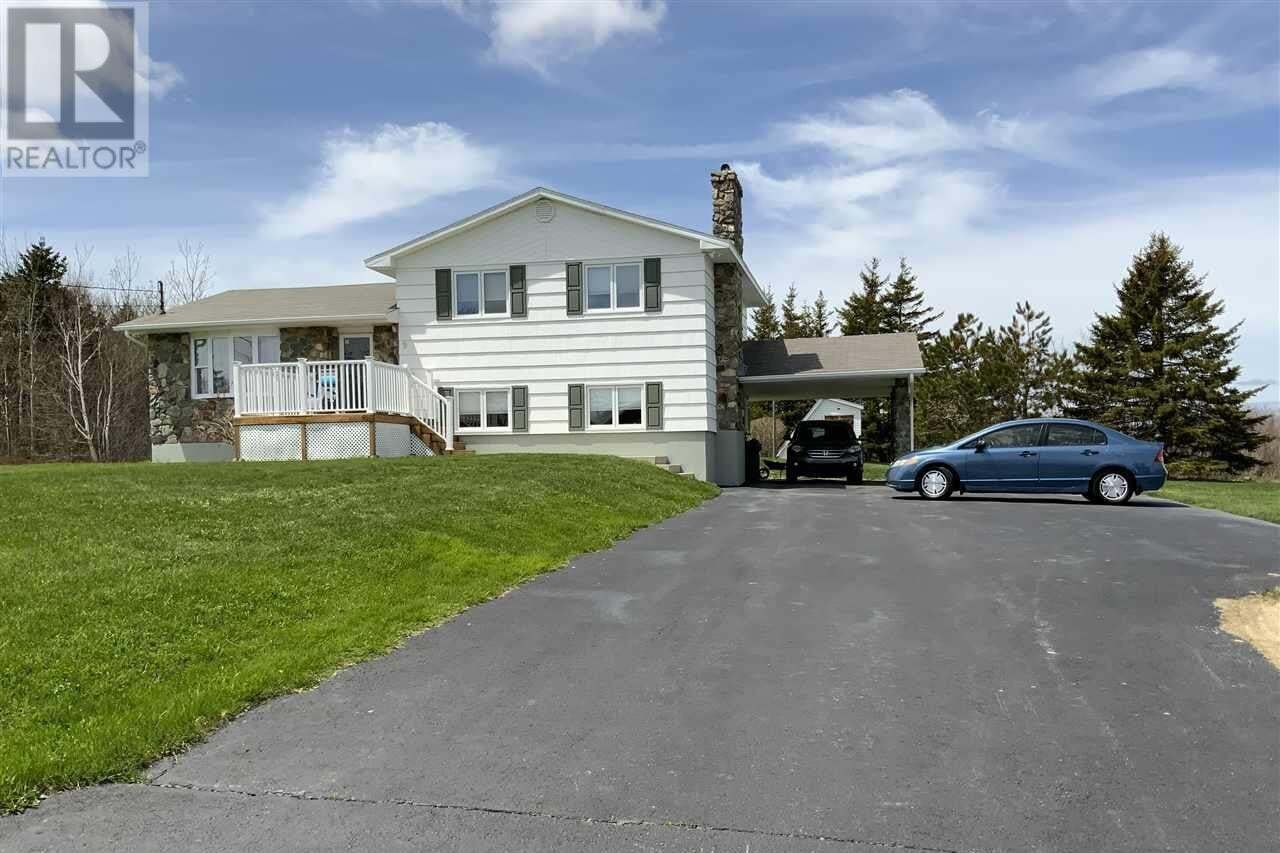 House for sale at 9 O'neils Ln Glace Bay Nova Scotia - MLS: 202004467