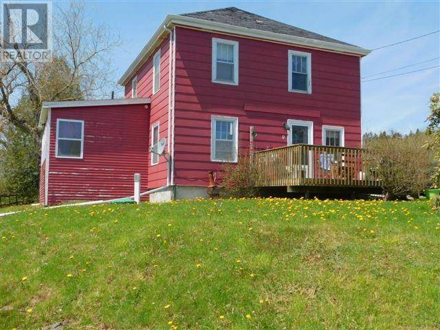 House for sale at 9 Parker St Walton Nova Scotia - MLS: 201915753