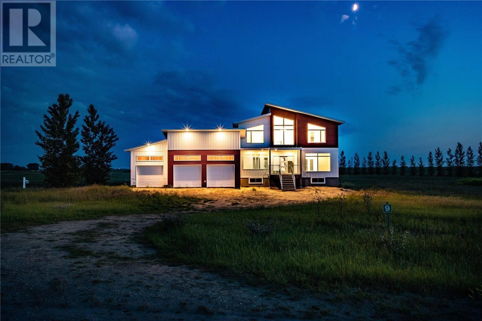 House for sale at 9 Pheasant Mdws  Dundurn Rm No. 314 Saskatchewan - MLS: SK804117